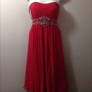 Fiesta Dresses - Red Strapless Flowy Dress